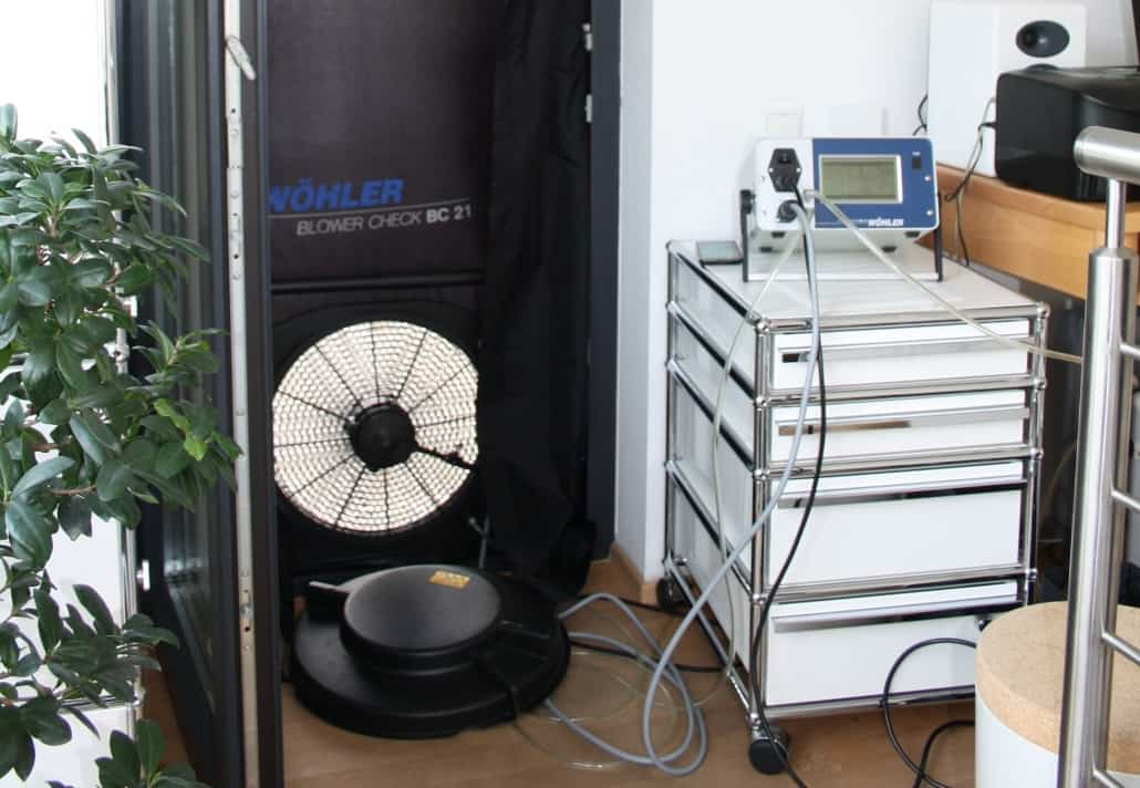 Gutachten am Bau - Sachverständiger für Wärme- und Feuchteschutz - Luftdichtheit
