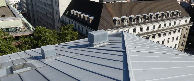 Gutachten am Bau - Sachverständiger für Steildächer und Metalldächer