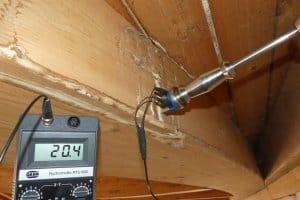 Gutachten am Bau - Feuchteschäden am Dachstuhl