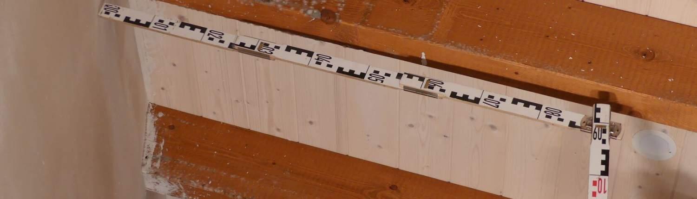 Gutachten am Bau - Sachverständiger für Schimmel am Dachstuhl